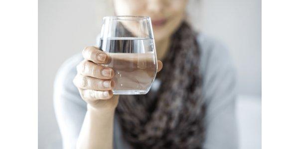 Какие преимущества бутилированной воды