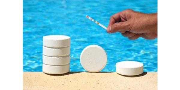 хлор в бассейне